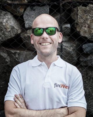 Despre Flaviu Fireweb
